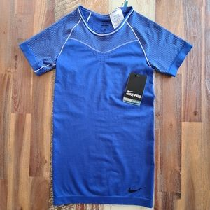Nike BNWT Pro Blue Dri-Fit Exercise Top Size XS